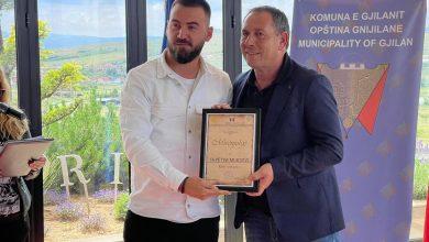 Photo of Shpëtim Murtezi shpallet referi vitit 2021 nga Komuna e Gjilanit