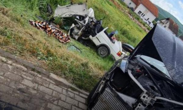 Photo of Aksidenti ku vdiqën katër persona në Ferizaj: Vdes edhe 32-vjeçarja që ishte në gjendje kome